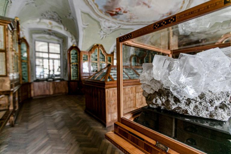 ABGESAGT! »Verborgene Räume« – Spezialführung durch das Mineralienkabinett